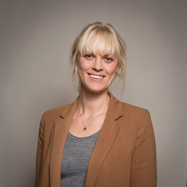 Susanne Urberg smiler